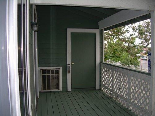 Balcony and storage closet jpg for Balcony storage